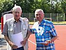 33 Wilhelm Beiler + Ralf Koop: Urkunde für 70 jährige Mitgliedschaft